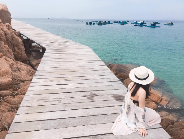 Du hành biển đảo Quy Nhơn, bội thu ảnh đẹp đăng dần cả năm - Ảnh 1.